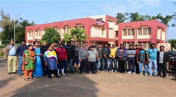 Khabar Odisha:State-Odisha-PET-Teacher-Transfer-from-KV-3-Macheswar-BBSR-for-class-11-student-attempts-suicide