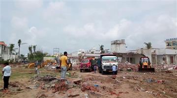 Khabar Odisha:State-Odisha-Puri-jatrika-nivas-breaking-work-started-for-build-Multi-level-parking-place