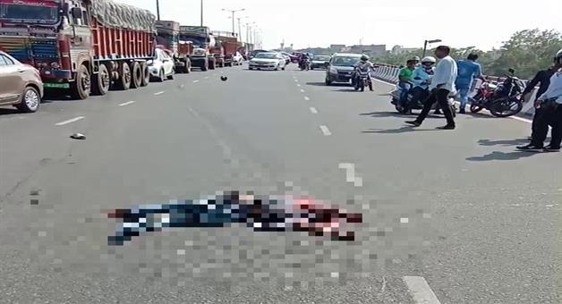 Khabar Odisha:State-Odisha-Road-accident-in-bhubaneswar-two-died