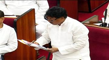 Khabar Odisha:State-odisha-A-total-of-19450-acres-of-govt-land-under-encroachment-in-Odisha