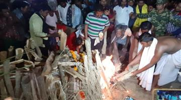 Khabar Odisha:State-saheed-Saheed-Prasanna-Kumar-Sahu-of-Jagatsingpur-dead-body-born-with-national-respect
