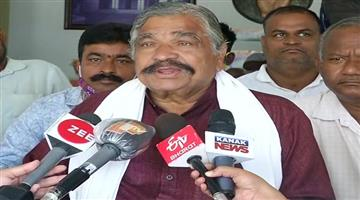 Khabar Odisha:Sura-routray-targets-CM