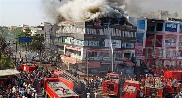 Khabar Odisha:Surat-police-arrests-three-people-in-coaching-centre-fire-tragedy