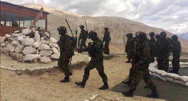 Khabar Odisha:The-Chinese-army-withdrew-1-km-from-the-LAC