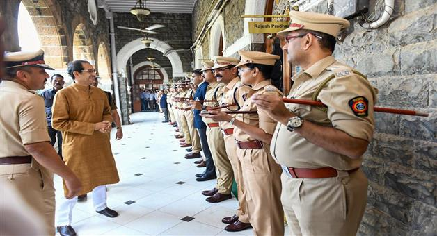 Khabar Odisha:The-Maharashtra-DGP-has-announced-that-the-working-hours-of-the-female-police-will-be-7-hours-instead-of-12-hours