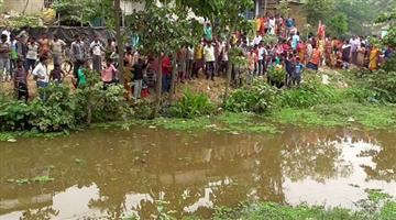 Khabar Odisha:The-bodies-of-the-elderly-couple-were-recovered-from-the-pool-hood