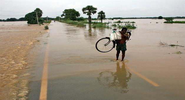 Khabar Odisha:The-floodwaters-washed-away-the-Rs-283-crore-river-embankment