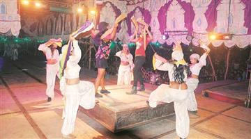 Khabar Odisha:The-good-news-for-the-artist-is-that-the-tour-will-be-staged-with-2000-spectators-from-March-1