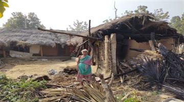 Khabar Odisha:The-house-was-demolished-by-elephants-leaving-only-five-people-dead