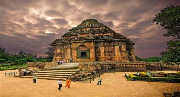 Khabar Odisha:Tourist-sites-slowly-opening-in-the-state-Konark-Sun-Temple-opens-today-three-months-later