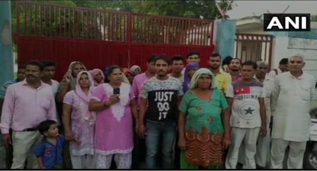 Khabar Odisha:Dalit-families-in-Meeruts-Incholi-threaten-to-convert-religion