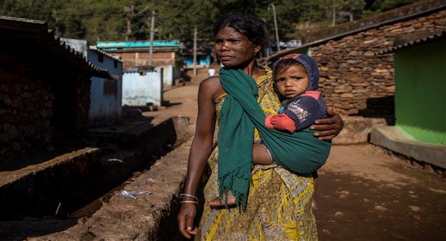Khabar Odisha:Vaccination-challenges-in-tribal-odisha