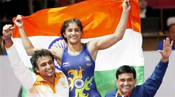 Khabar Odisha:Vinesh-phogat-becomes-the-first-indian-woman-wrestler-to-win-gold-medal-in-asian-games-2018