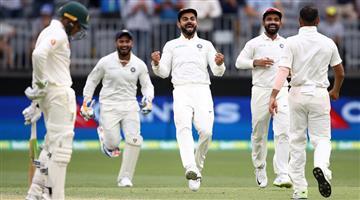 Khabar Odisha:Virat-Kohli-out-of-control-claims-former-Australian-batsman-Hussey