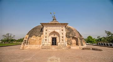 Khabar Odisha:ajab-gajab-odisha-Lord-Jagannath-temple-at-Bhitargaon-kanpur-is-said-to-predict-how-good-the-monsoon-will-be