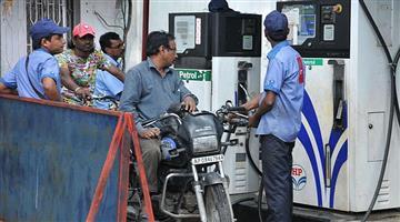 Khabar Odisha:business--Odisha--petrol-per-litre-250-rupee-increased-and-diesel-230-rupee-increased