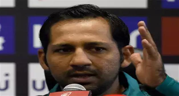 Khabar Odisha:concerned-at-aamir-not-taking-wickets-have-spoken-to-him-says-sarfraz-ahmed