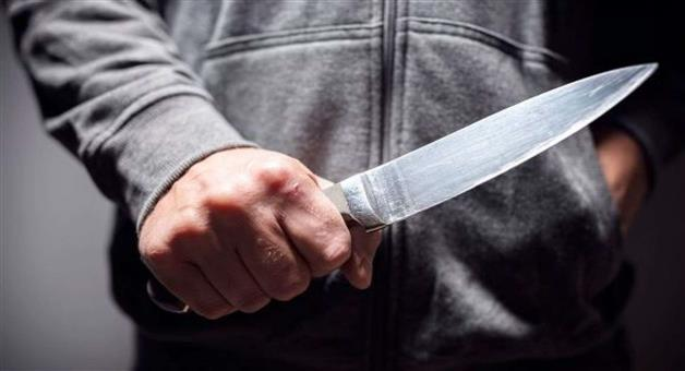 Khabar Odisha:crime-Odisha-wife-attacked-by-husband-for-pakistan-serial