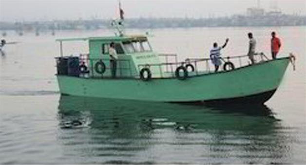 Khabar Odisha:crime-odisha-paradeep-coast-guard-rescued-troller-driver-deadbody-in-sea