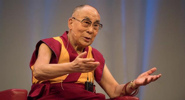 Khabar Odisha:dalai-lama-apologize-for-mahatma-gandhi-nehru-jinnah-statement