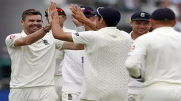 Khabar Odisha:eng-vs-ind-2nd-test-james-anderson-first-bowler-to-take-100-wickets-at-lords