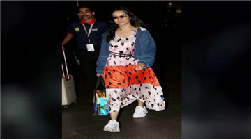 Khabar Odisha:entertainment-bollywood-sradha-kapoor-and-her-airport-look