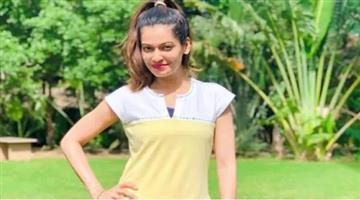 Khabar Odisha:entertainment-bollywood-actress-payal-rohatgi-arrested-rajasthan-bundi-police-controversial-video-on-nehru
