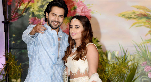 Khabar Odisha:entertainment-bollywood-odisha-varun-dhawan-to-have-destination-wedding-in-november-this-year-with-natasha-dalal
