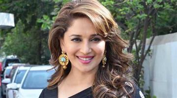 Khabar Odisha:entertainment-madhuri-sings-in-a-english-album