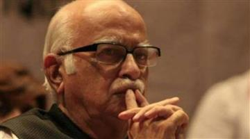 Khabar Odisha:entertainment-odisha-lk-advani-gets-emotional-after-seeing-shikara