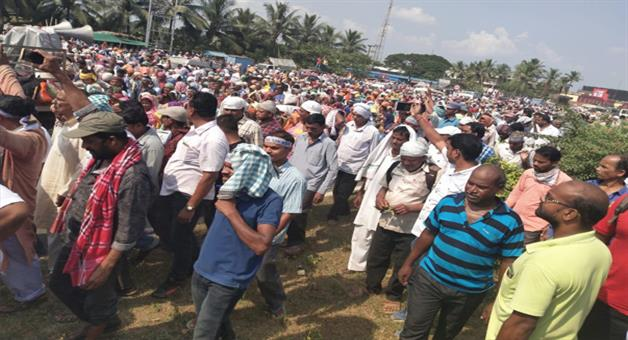 Khabar Odisha:farmer-break-144-at-tamando