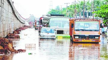Khabar Odisha:flood-in-bhubanewar