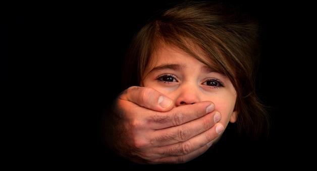Khabar Odisha:girl-kidnapped-in-bbsr-railway-station