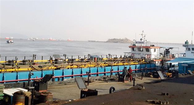 Khabar Odisha:indiadomestic-ships-will-get-priority-at-seaports
