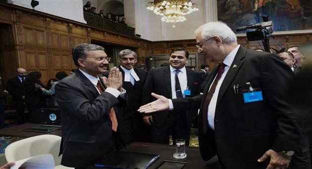 Khabar Odisha:international-odisha-deepak-mittal-snubs-pak-attorney-general-anwar-mansoor-khan-at-icj