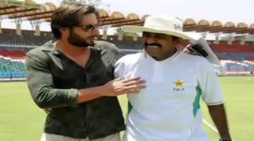 Khabar Odisha:javed-miandad-advises-pak-cricketers-to-avoid-voicing-opinions-on-political-issues-after-shahid-afridi-controversy