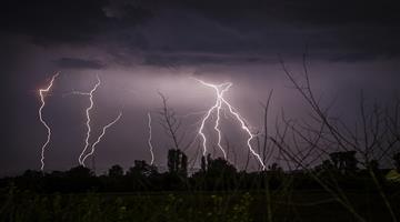 Khabar Odisha:lighting-to-3-district-10-pm