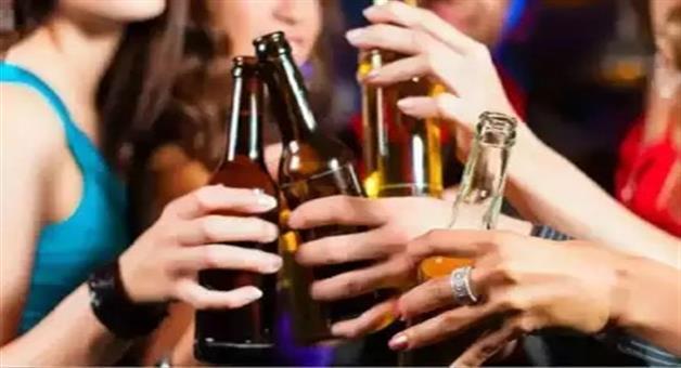 Khabar Odisha:madhya-pradeshbhopalindorekamalnaths-mp-government-going-to-open-women-only-liquor-shops-in-state