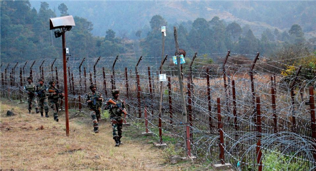 Khabar Odisha:national-odisha-3-pak-post-collapsed-and-one-soldier-died-in-pakistan