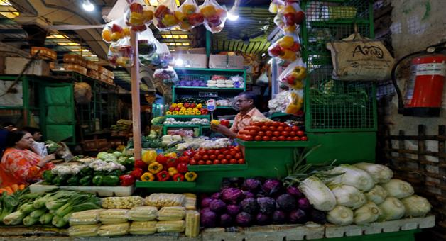 Khabar Odisha:national-odisha-Retail-Inflation-Cools-Further-To-2-05-Percent-In-January-On-Easing-Food-Prices