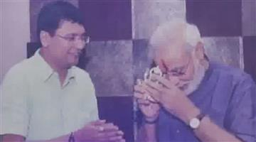 Khabar Odisha:national-odisha-Surat-Based-Student-Mehul-Choksi-Done-His-Phd-Thesis-On-Narendra-Modi-Leadership