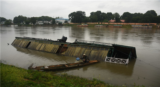 Khabar Odisha:national-odisha-flood-like-situation-in-kathua-jammu-kashmir-rivers-on-their-danger-level-in-jammu-kashmir-photos
