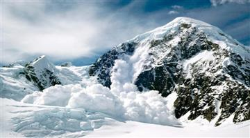 Khabar Odisha:national-odisha-jammu-kashmir-10-people-trapped-under-snow-after-an-avalanche-occurred-in-khardung-la-ladakh