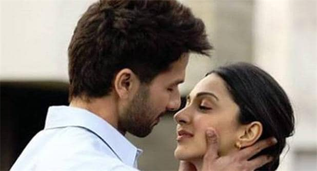 Khabar Odisha:national-odisha-kabir-singh-song-kaise-hua-release-shahid-kapoor-trying-to-attract-kiara-advani