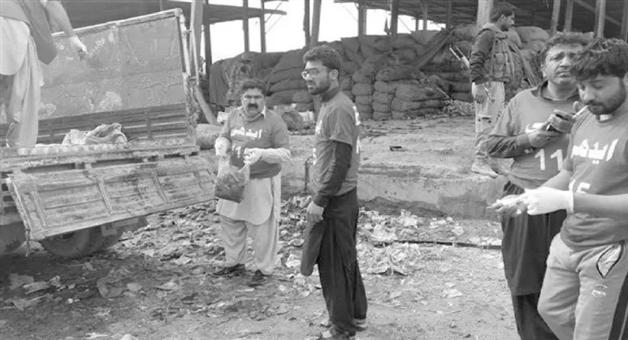 Khabar Odisha:national-odisha-many-people-killed-and-several-injured-in-a-blast-at-quetta-s-hazarganji-sabzi-mandi-pakistan