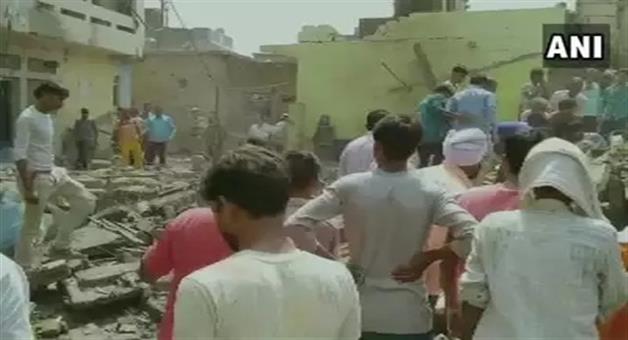 Khabar Odisha:national-odisha-many-people-died-in-a-blast-at-cracker-factory-in-etah-district-of-uttar-pradesh