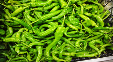 Khabar Odisha:national-odisha-price-of-green-chilli-and-tomato-in-pakistan-crosses-400-rupees-per-kg
