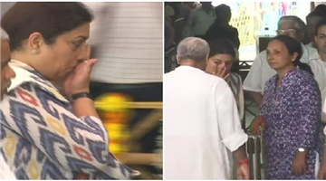 Khabar Odisha:national-odisha-smriti-irani-gets-emotional-as-she-pays-last-respects-to-goa-cm-manohar-parrikar