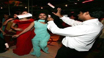 Khabar Odisha:national-odisha-supreme-court-today-pronounce-judgement-of-dance-bar