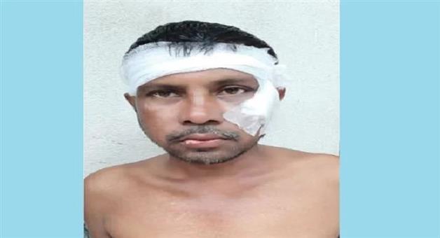 Khabar Odisha:national-odisha-tmc-worker-beaten-by-colleague-for-chanting-jai-shri-ram-in-basirhat-bengal